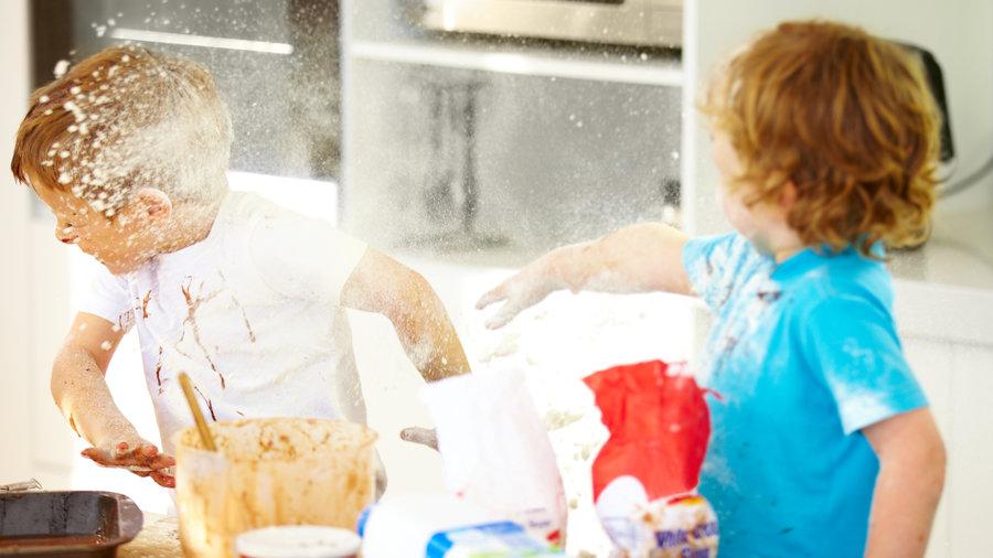 messy baking